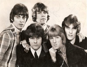 Dee, Dave, Dozy, Beaky, Mick & Tich - 60's signed B&W press photo