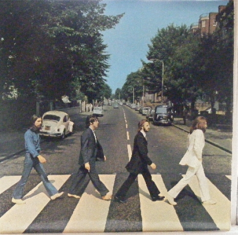 Beatles, The - Abbey Road, misaligned Apple logo on rear sleeve & without 'Her Majesty' credit on label